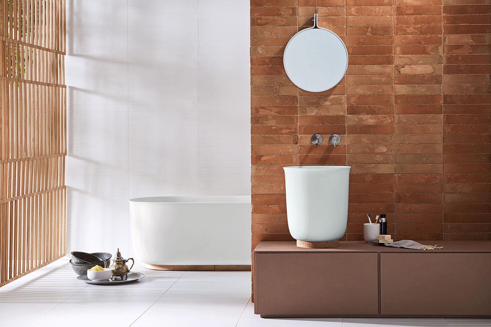 Rexa Design Bademöbel, Badewannen uns Spiegelschränke. Italienisches Design nach Mass auch in der Schweiz Zürich und Graubünden present. Design zum verlieben