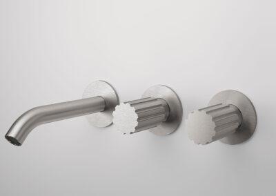 Badezimmer Wandwaschtischauslauf von der Edelstahlserie Zazzeri Z316 entsprechen allen Schweizer Normen. Dies Collection bietet auch von den klassischen Badarmaturen und Duschenmischer bis zum Bidetmischer viele Badezimmerarmaturen an. Auch sind einige Farben in PVD erhältlich.